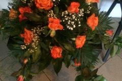 stroik_na_trumne_roza_herbaciana